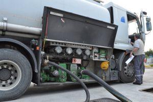 Strom-Aggregate mit Heizöl betanken